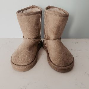 Other - Toddler boots sz. 8